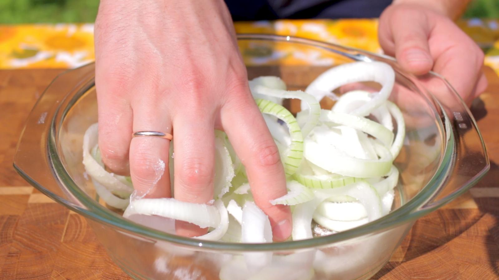 Как вкусно приготовить сочный шашлык из баранины - кулинар мастер