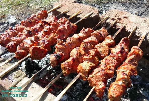 Как замариновать шашлык из баранины, чтобы был мягким и сочным