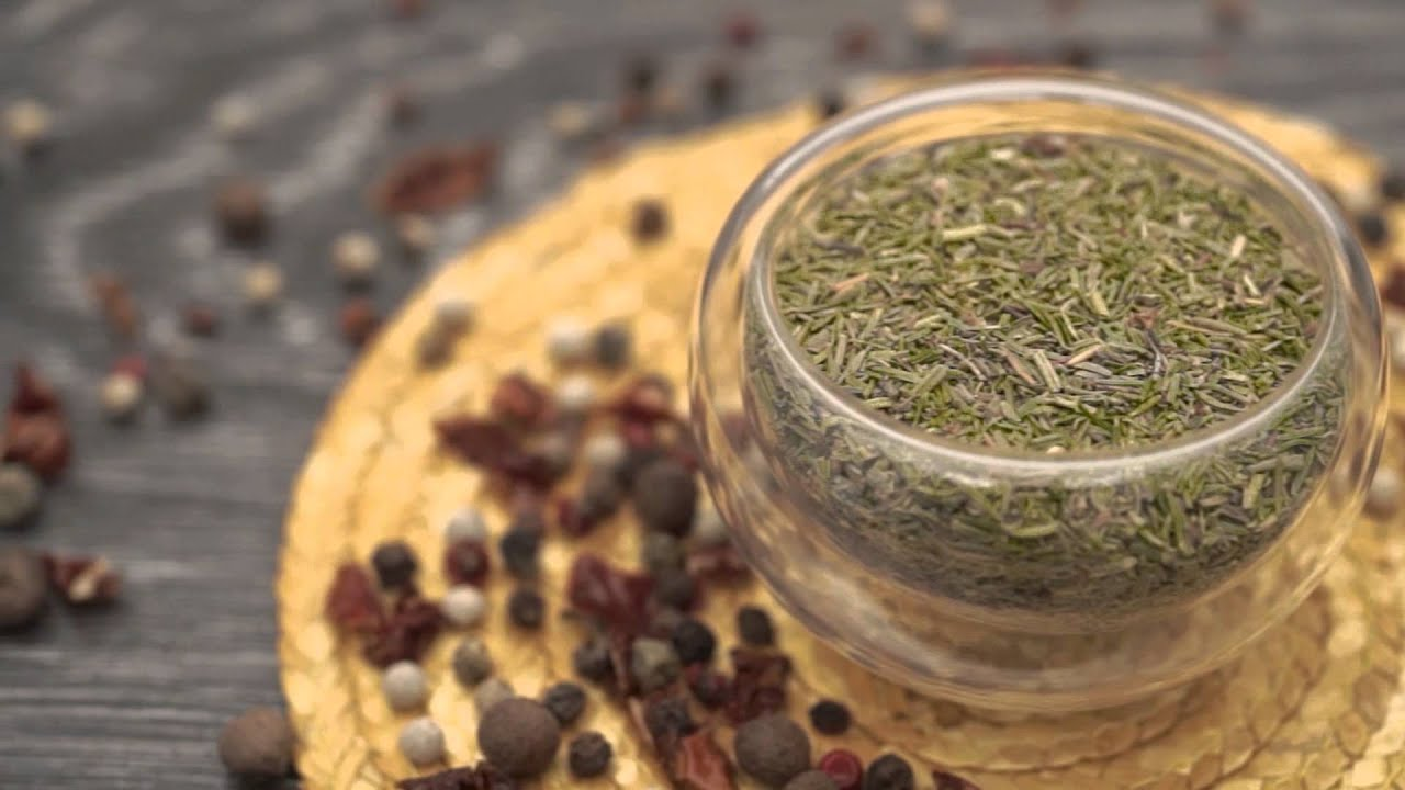 Тимьян и чабрец — в чем разница: разные травы или одно растение с разными названиями