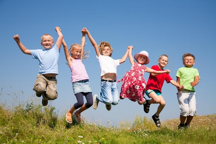 Игры и конкурсы на природе для детей и взрослых