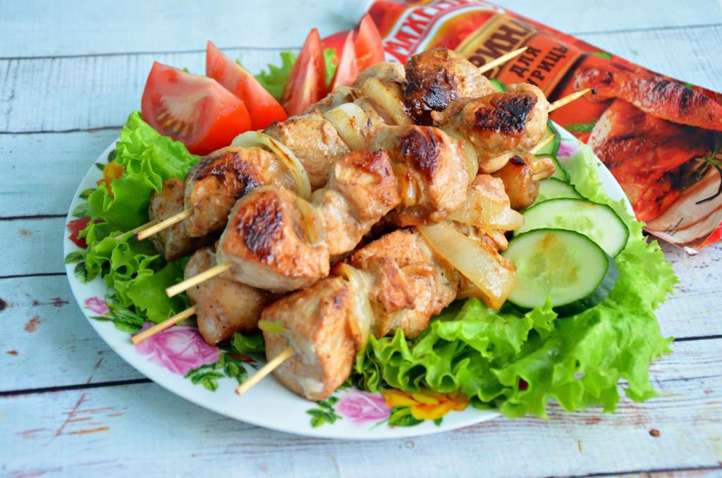 Шашлык из свинины, жареный на сковороде – 4 рецепта с фото, описанных пошагово