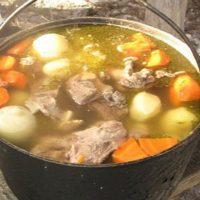 Шурпа из свинины на костре классический рецепт с фото