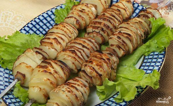 Картошка на костре – обычная, в фольге с салом (мясом)