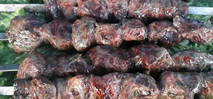 Как замариновать и приготовить шашлык из говяжьей печени
