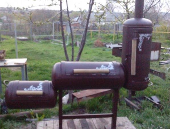 Мангал коптильня из газовых баллонов: каждый сам может сделать своими руками такое барбекю, как на чертежах и фото