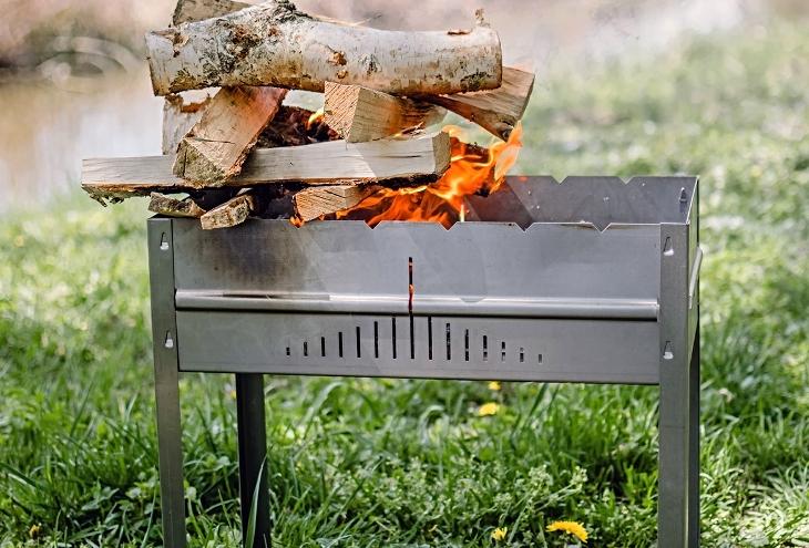 Стационарный мангал (37 фото): как сделать барбекю для дачи своими руками, оптимальная ширина чугунных вариантов