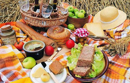 16 простых завтраков для походов в лес и горы