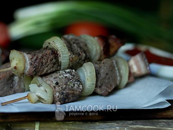 Шашлык в банке из свинины в духовке