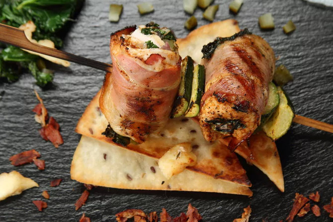 Шашлык из индейки в духовке на шпажках: вкусно и полезно