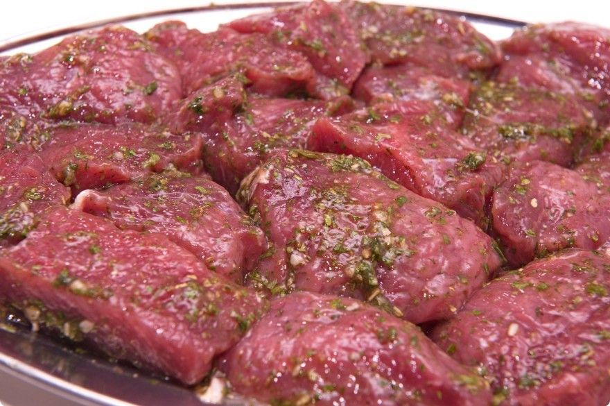 Шашлык из говядины в духовке
