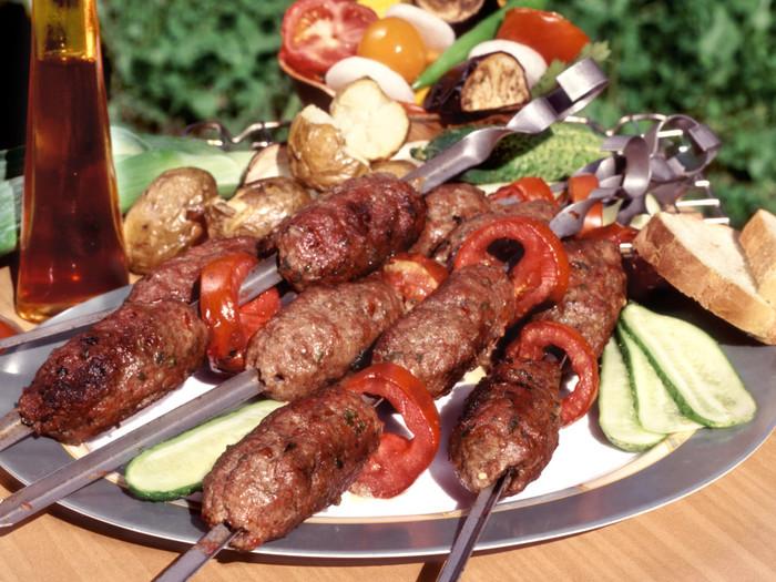 Рецепт люля-кебаба из свинины на мангале - 11 пошаговых фото в рецепте