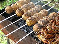 Картошка на мангале: вкусные рецепты