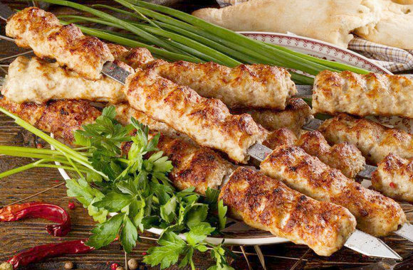Пошаговый рецепт приготовления люля-кебаба из фарша на мангале