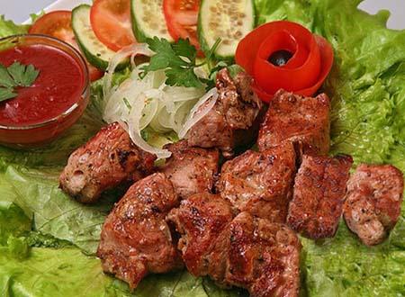 Как мариновать шашлык из баранины  маринованное мясо из свинины рецепт