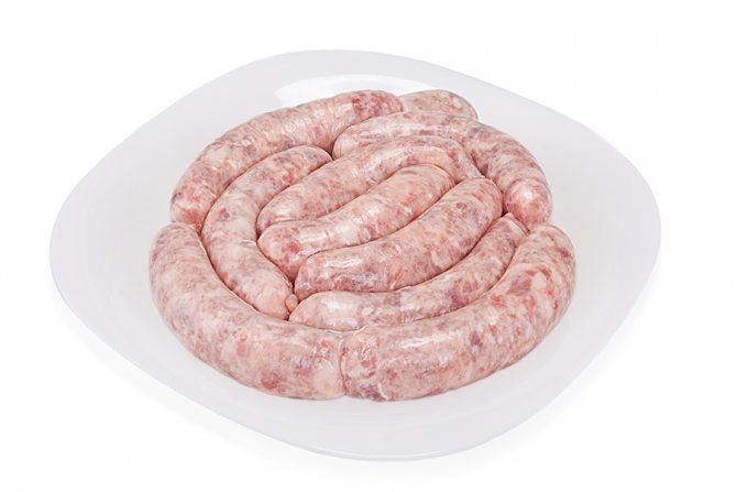 Покупные колбаски в духовке. как приготовить домашнюю колбасу в домашних условиях в духовке?