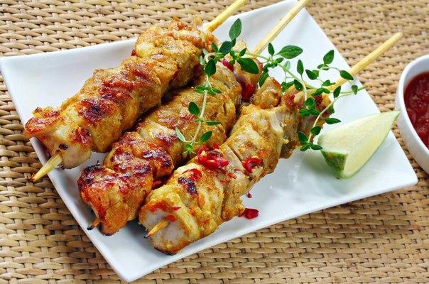 Шашлычки из рыбы в духовке. шашлычки из семги на шпажках в духовке: рецепты вкуснейшей рыбки. шашлык рыбный нежный