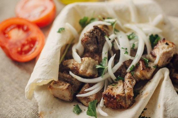 Шашлык из свинины: маринад самый вкусный, чтобы мясо было мягким