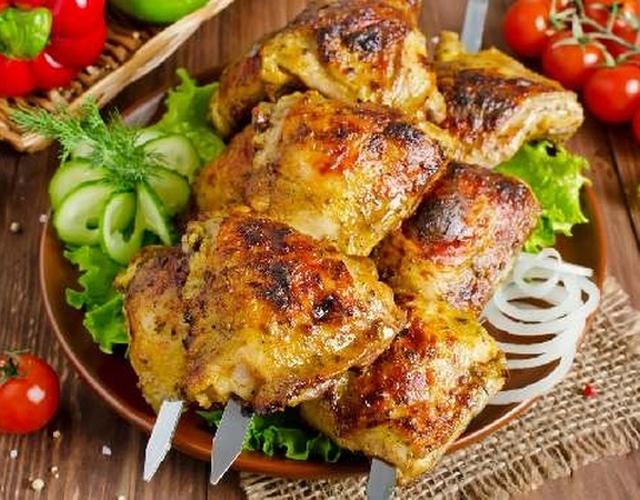 Как мариновать куриные крылышки для шашлыка