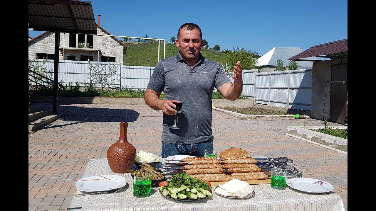 Бараний люля кебаб на мангале с луком