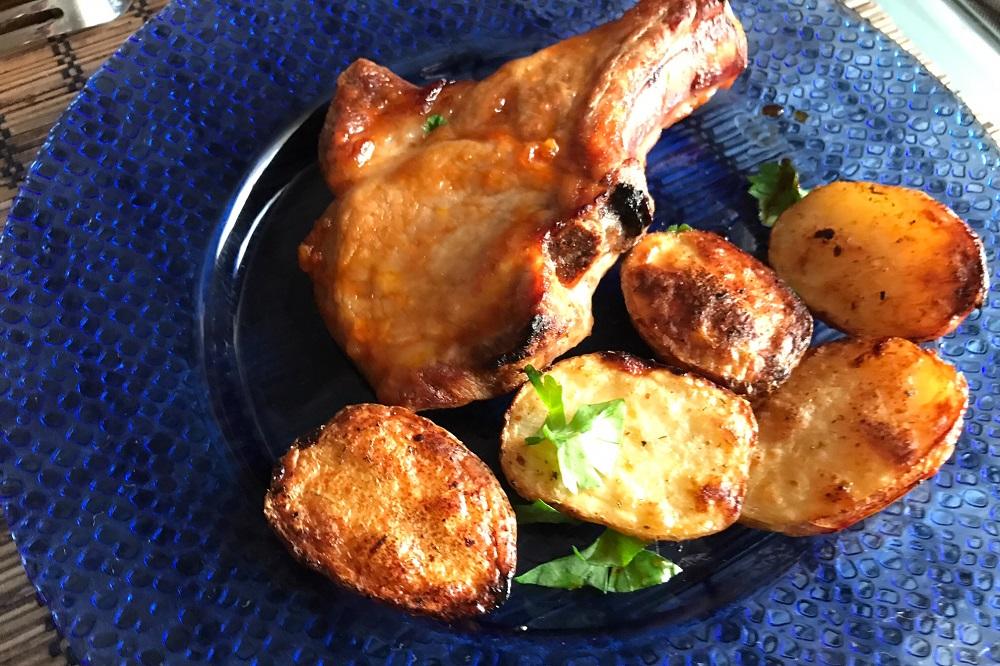 Как вкусно приготовить свиные стейки в духовке