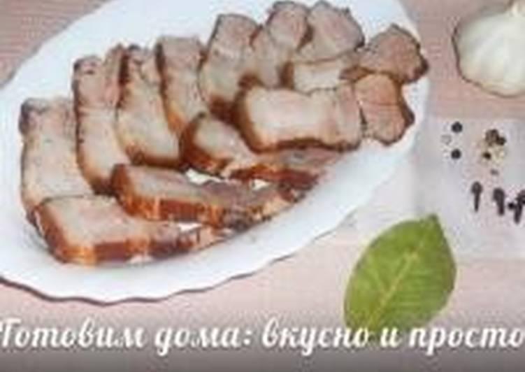 Щековина свиная в луковой шелухе