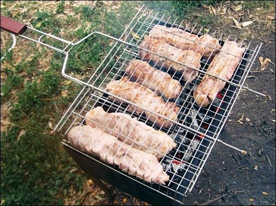 Шашлык из печени говядины на углях