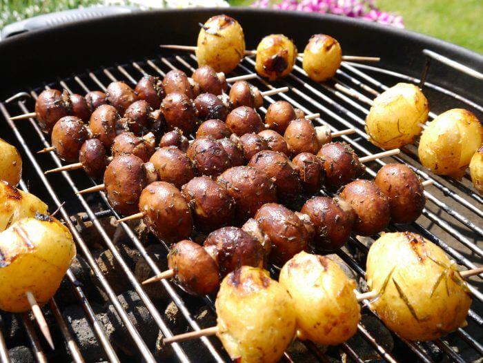Рецепт вкусных шампиньонов на мангале в маринаде с соевым соусом