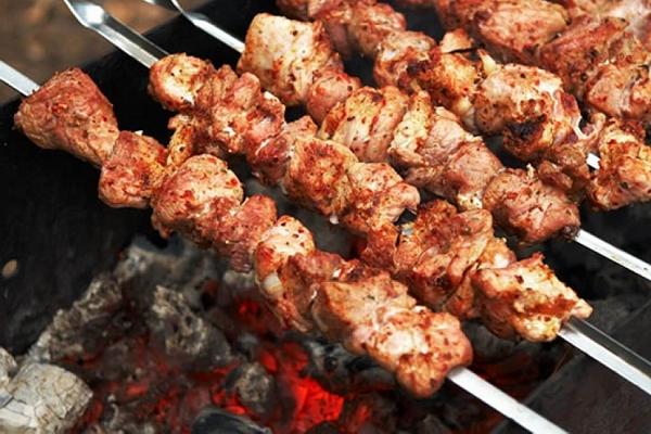 Шашлык из баранины: 8 лучших рецептов
