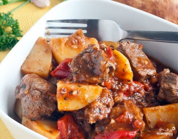 Жареная баранина с луком. баранина жареная с луком на сковороде рецепт