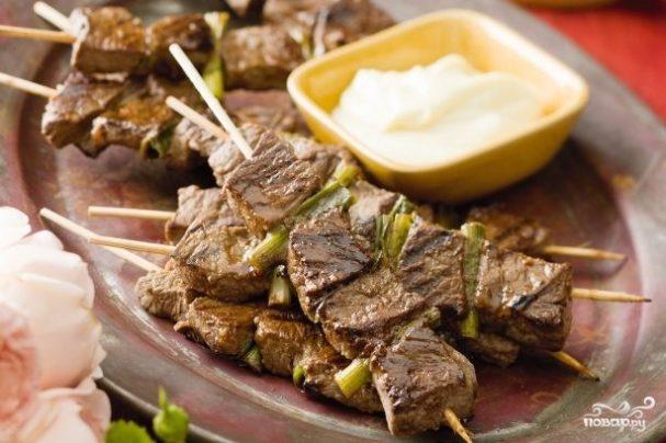 Шашлык из говядины в духовке – как сделать его мягким и сочным?