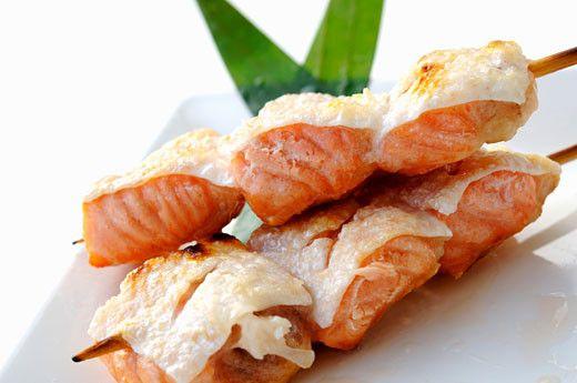 Шашлык из толстолобика на мангале на решетке: рецепт с фото пошагово