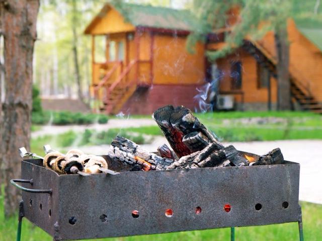 Пожарная безопасность: где можно, а где нельзя жарить мясо