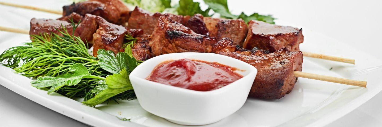 10 самых вкусных соусов для шашлыка, которые легко приготовить самим