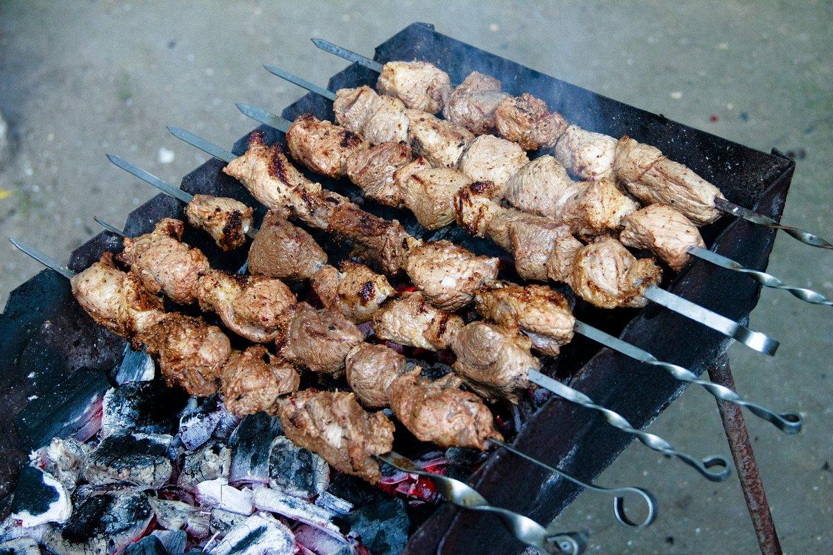 Абхазский шашлык из свинины в минералке