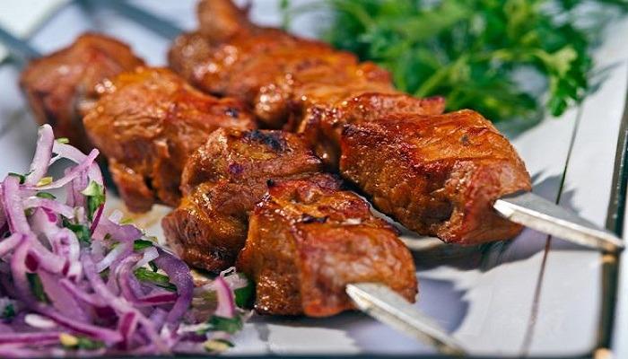 Шашлык из свинины и самые вкусные маринады чтобы мясо было мягким и сочным
