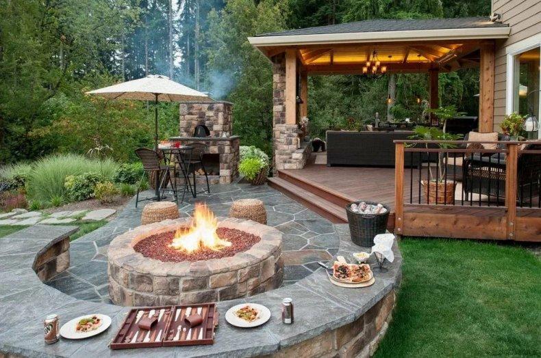 Барбекю для дачи — виды, устройство и нюансы установки. лучшие идеи оформления летних кухонь (135 фото)