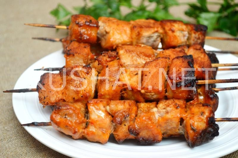 Шашлык из свинины в духовке: 6 рецептов приготовления без шампуров в домашних условиях
