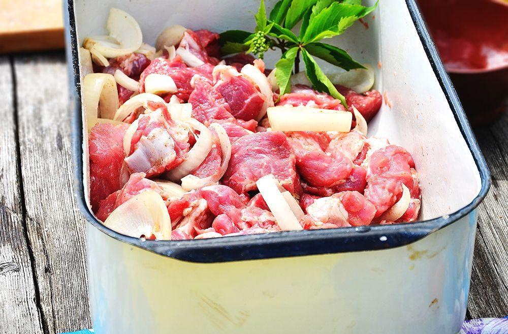Как порезать мясо на шашлык правильно — секреты вкусных шашлыков