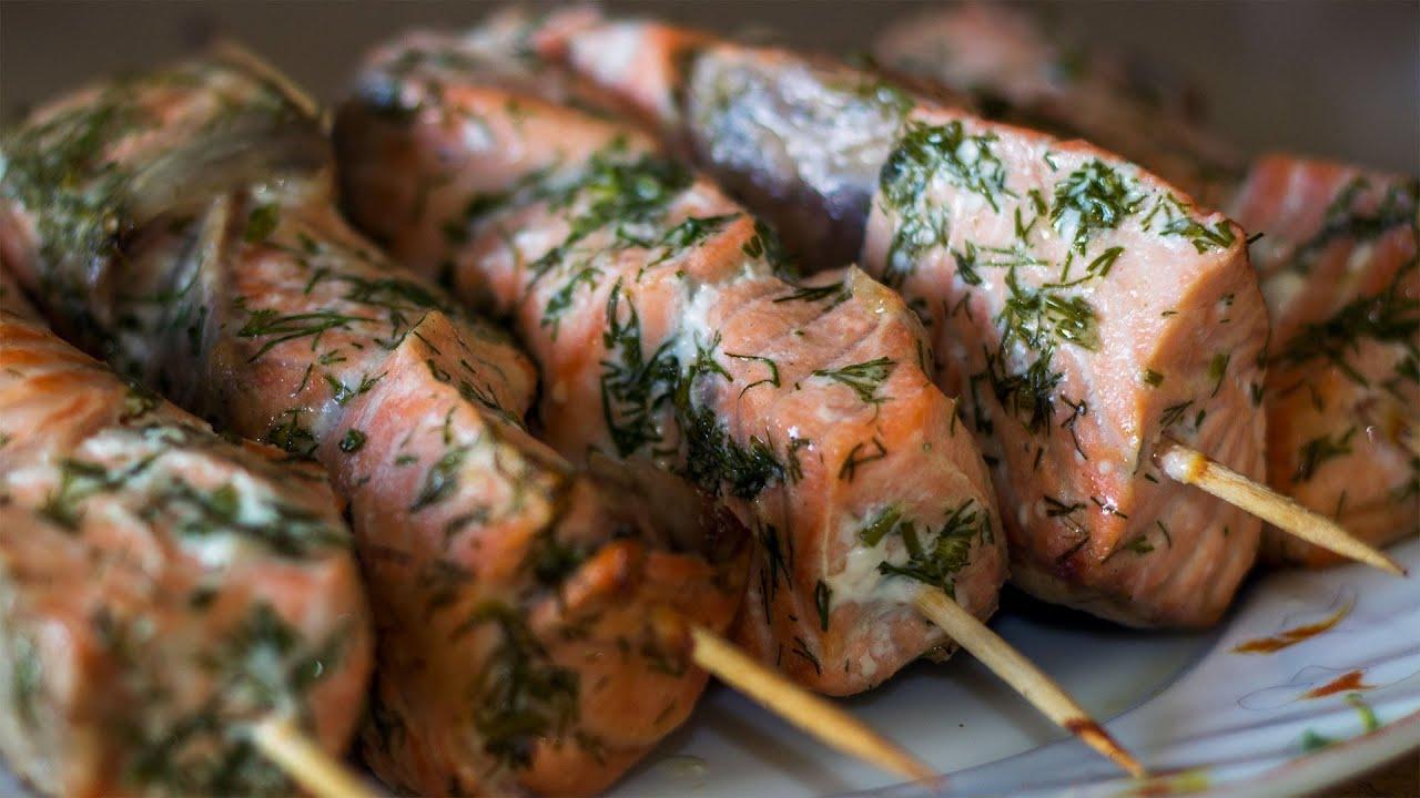 Шашлык из лосося: рецепты как замариновать и приготовить на решётке и шпажках