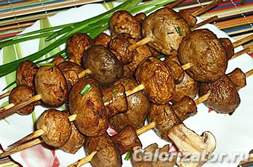 """""""бомбезный"""" маринад для шашлыка: как замарировать мясо, курицу и грибы"""