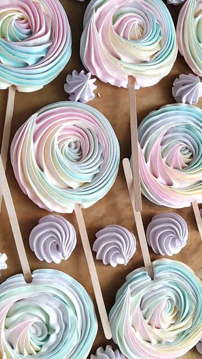 Поделитесь секретом упаковки тортов!