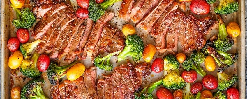Как приготовить стейк из свинины в духовке