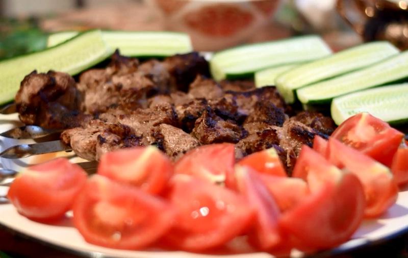 Шашлык из свинины: самый вкусный маринад, чтобы мясо было мягким