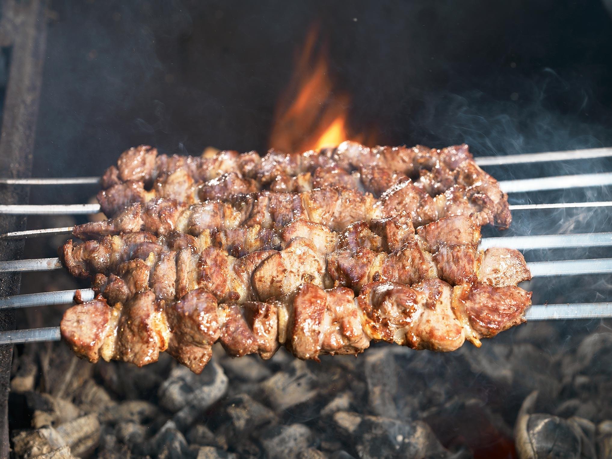 Шашлык из говядины чтобы мясо было мягким на мангале
