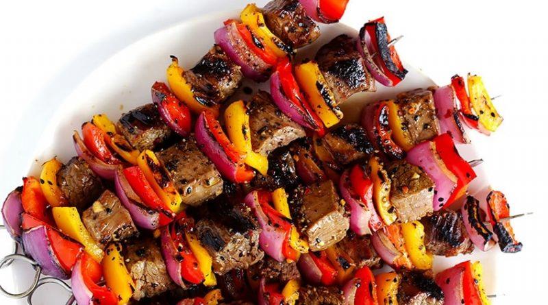 Шашлык в духовке в рукаве - 7 рецептов из свинины, говядины, с луком
