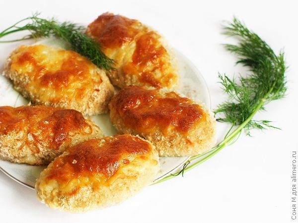 Куриные котлеты на сковороде: вкусные рецепты сочных котлет из фарша