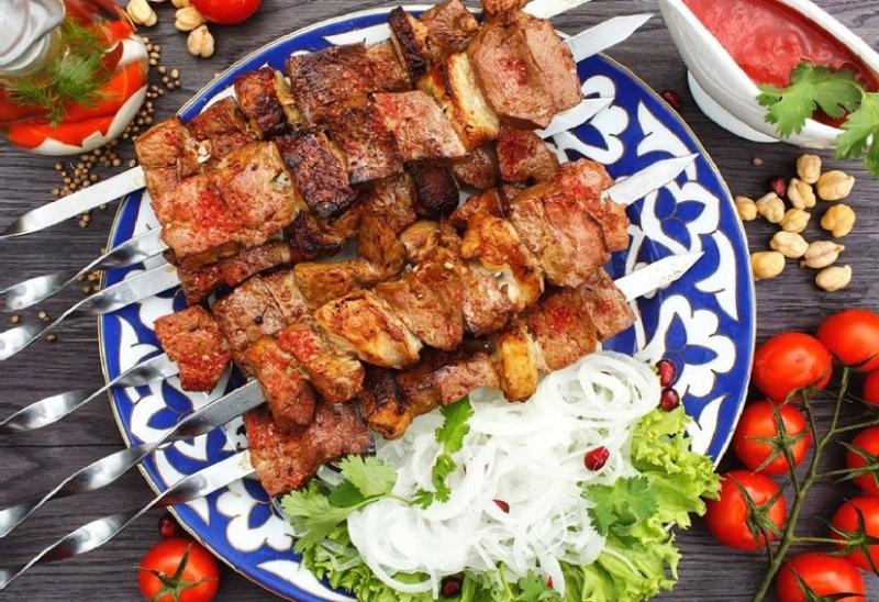 Как правильно жарить традиционный и молотый шашлык по-узбекски