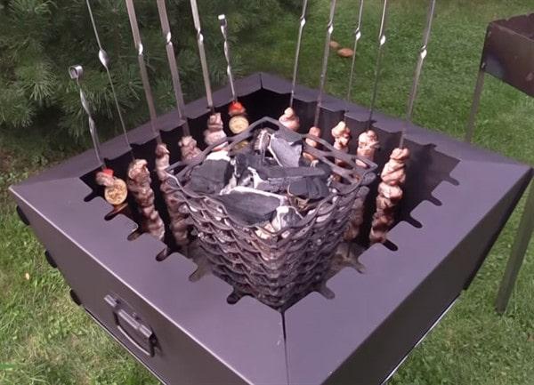 Вертикальный мангал: жарка шашлыка по новому, делаем шашлычницу своими руками