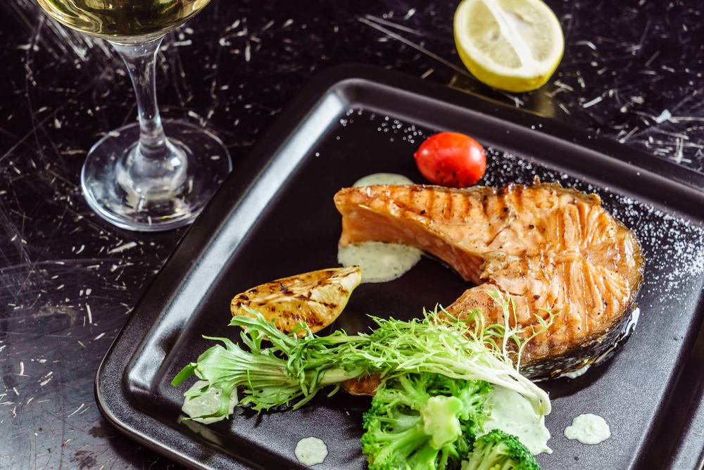 Стейк из красной рыбы на сковороде рецепт. сочная семга, жареная на сковороде — рецепт приготовления