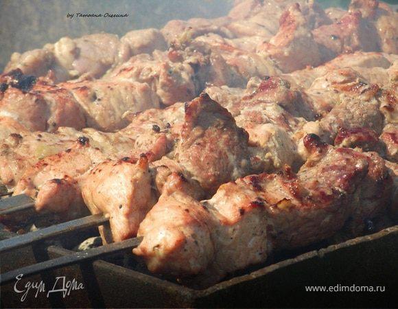 Шашлык по кавказски из свинины на мангале